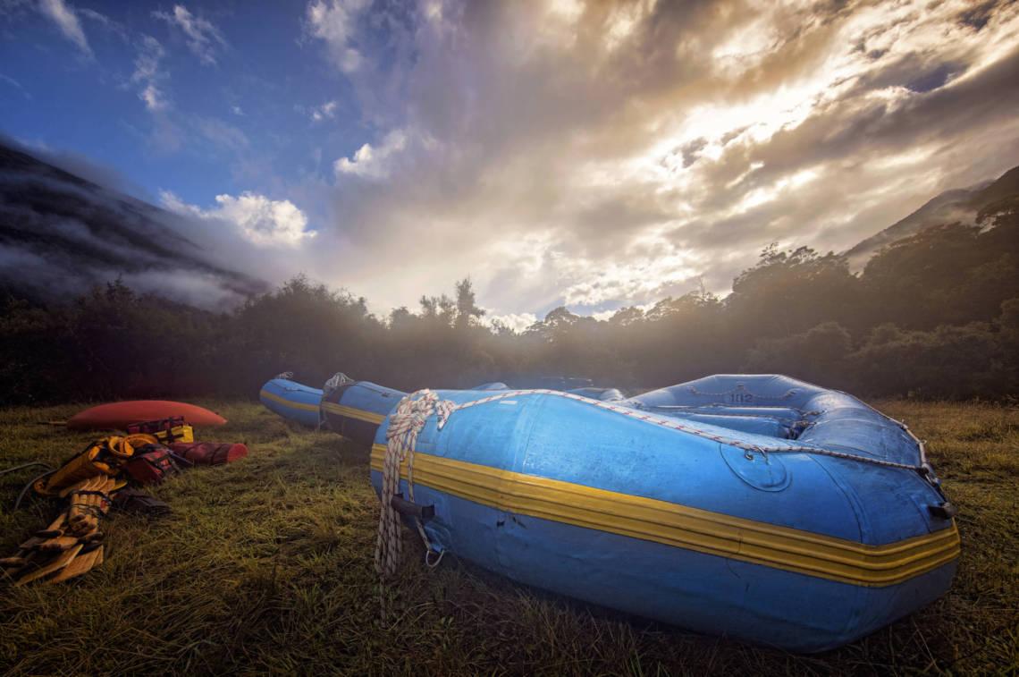Image of raft on Landsborough River