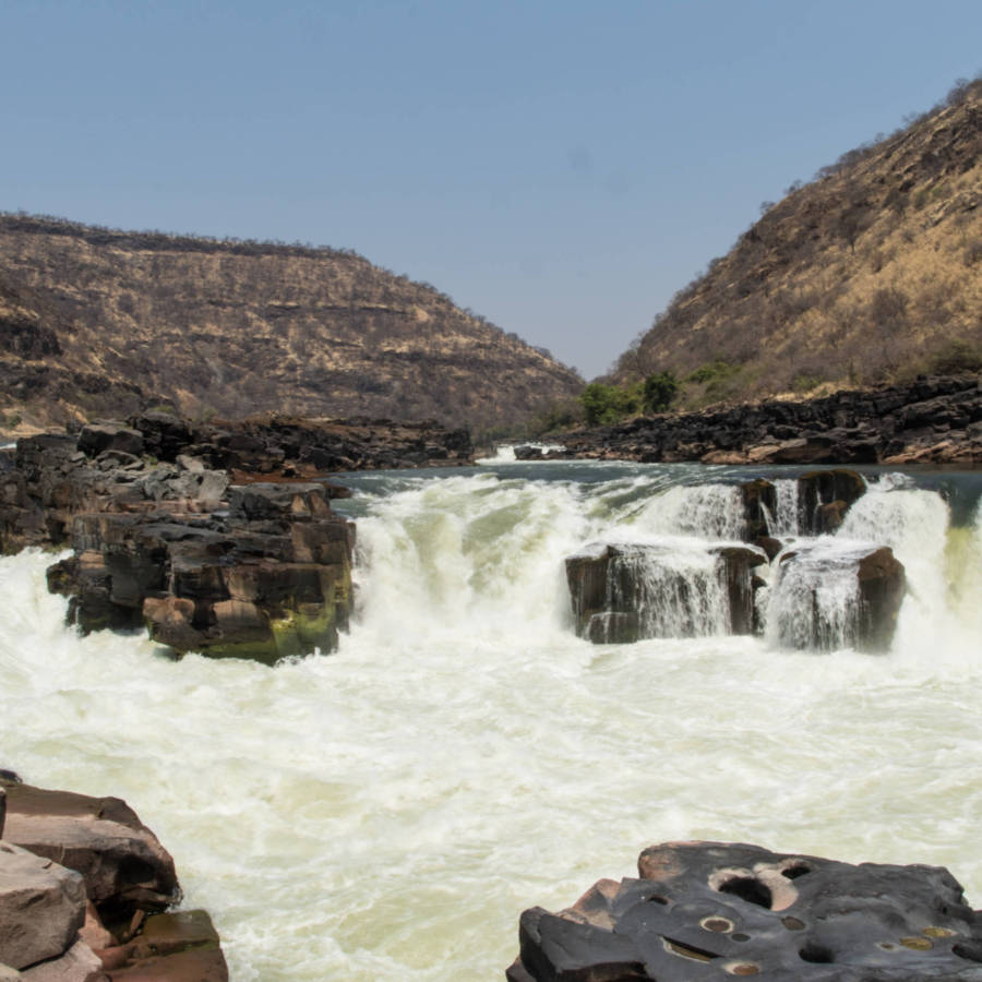 The damsite (Chabango Falls) 54 km from Victoria Falls